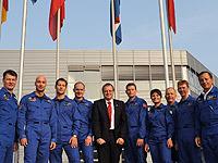 Jan Wörner im Kreis europäischer Astronauten.