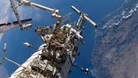 Außenboardeinsatz während der Mission STS%2d115, September 2006