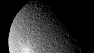 Oberfläche des Saturnmondes Rhea