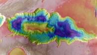 Topographische Bildkarte von Hebes Chasma