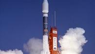 Rosat startete am 1. Juni 1990 an Bord einer Delta%2dII%2dRakete von Cape Canaveral