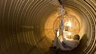 Zylinder voll Weltraum