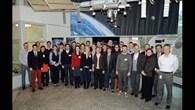 Die Trainees bei einer Führung im DLR Oberpfaffenhofen