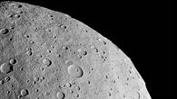 Vesta - ein Asteroid in 3D