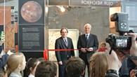 Eröffnung der DLR%2dMarsausstellung mit dem Deutschen Botschafter